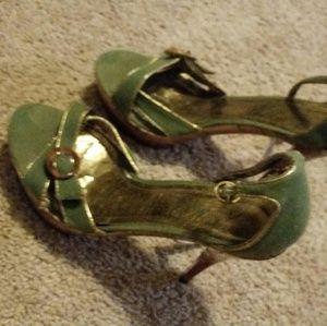 Shoes - Wooden & Green Heels